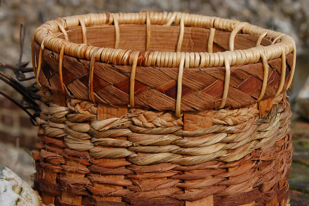 Flat spoke basket with redcedar, sweetchestnut, lime bark, nettle cordage andrush. resized